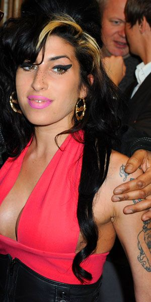 Amy Winehouse | Gallery | The Life Of... - Amy Winehouse attends The Q Awards on October 26, 2009 in London