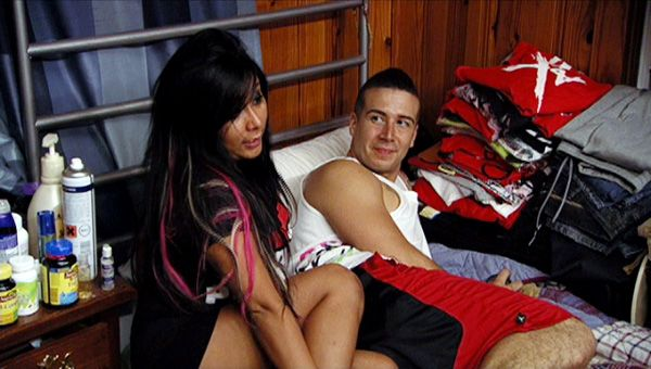 Jersey Shore (Season 5) | Ep.09 | The Truth Shall Set You Free - Snooki and Vinny dodge comments after their flirtatious walk on the boardwalk