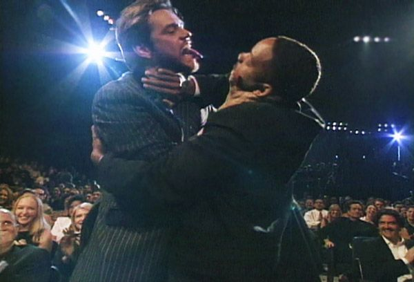 2013 MTV Movie Awards | Best Lip Locking Celebs - Will Smith was about to accept his Best Kiss Award at the 1997 MTV Movie Awards... but Jim Carrey wanted to see if he lived up to the title.