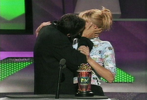 2013 MTV Movie Awards | Best Lip Locking Celebs - Matthew Ashford couldn't resist this desirable