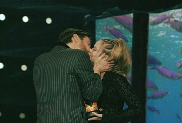 2013 MTV Movie Awards | Best Lip Locking Celebs - As if! Jim Carrey doesn't seem too 