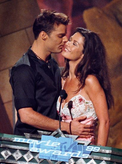 2013 MTV Movie Awards | Best Lip Locking Celebs - Catherine Zeta-Jones decided to live