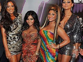 Jersey Shore Fashion at 2011 VMAs