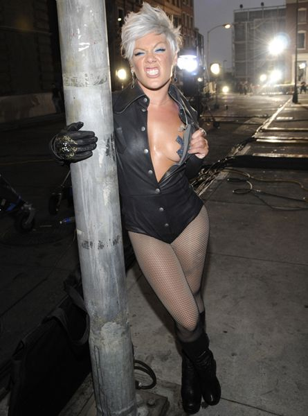VMA Fashion | Barely There - P!nk backstage at the 2008 MTV Video Music Awards at Paramount Pictures Studios on September 7, 2008 in Los Angeles, California.