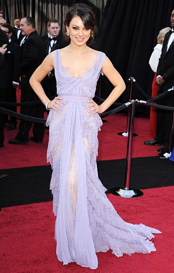 2011 New Years Eve Celeb Fashion Inspiration - Chique and romantic like Mila Kunis at the Academy Awards.