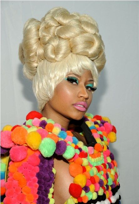 Nicki Minaj's Candy Look at NY Fashion Week! Yum Yum.... - New York fashion week