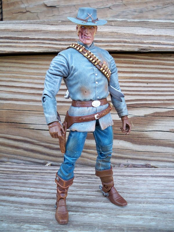 BEST OF 2011 | ACTION TOYS - #7) Jonah Hex (Mattel DC Universe Classics) <a href='/news/best-of-2011-action-toys-mtv' target='_blank'>[READ FULL ARTICLE]</a>