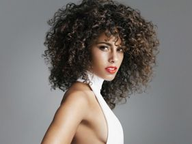 "Alicia Keys Super Excited Over New Song ""New Day"" and New Album - Listen Here."