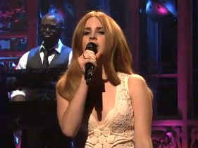 Lana Del Rey: Great Expectations - Horrible Performance??