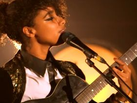 MTV Crashes Manchester: Lianne La Havas Live At Manchester Cathedral - UK, 2012!