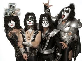 Worldstage| Kiss