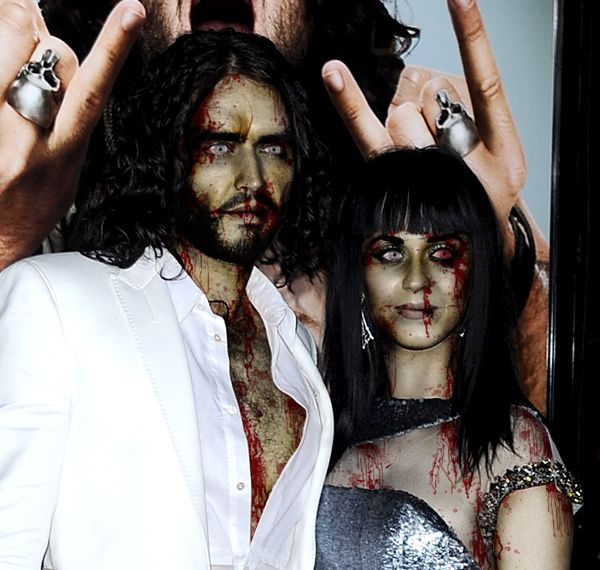 Halloween Celebrity Zombies - Updated!! - Scary Kary and Ghoulish Russell