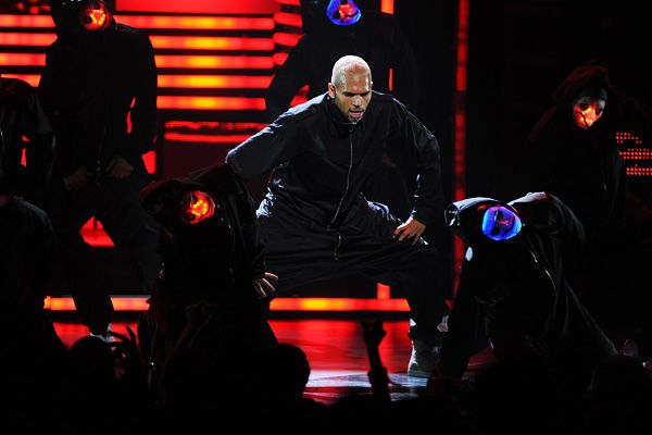 2011 BET Awards | Gallery - Chris Brown Performs at 2011 BET Awards