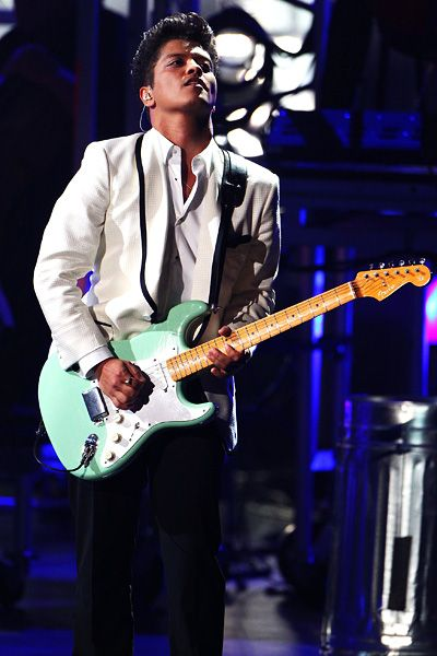 2011 BET Awards | Gallery - Bruno Mars never gets old, performing at the BET Awards