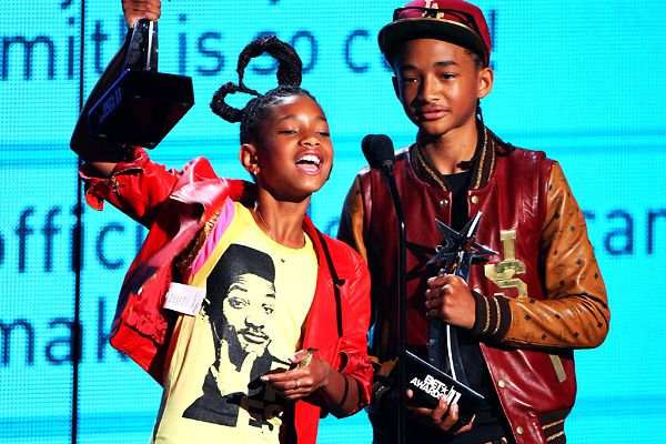 2011 BET Awards | Gallery - Willow and Jaden Smith receive the Young Stars Award