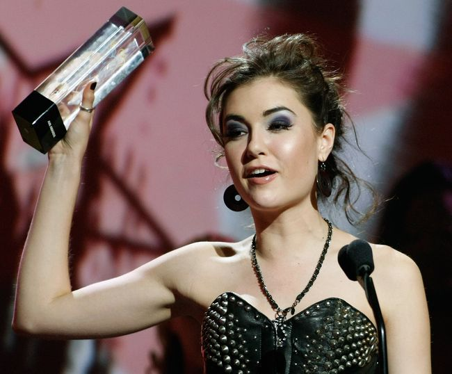 Саша Грей получила порно-Оскара за лучшую оральную сцену.