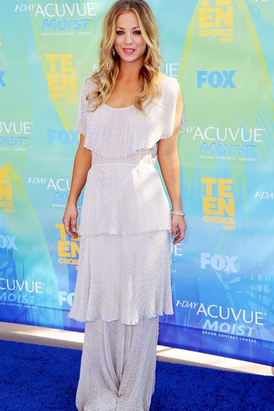 Teen Choice Awards | Blue Carpet Stars - Kayley