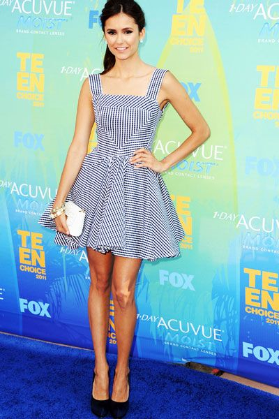 Teen Choice Awards | Blue Carpet Stars - Nina