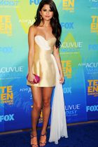 Teen Choice Awards | Blue Carpet Stars