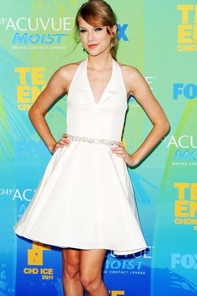 Teen Choice Awards | Blue Carpet Stars - Taylor