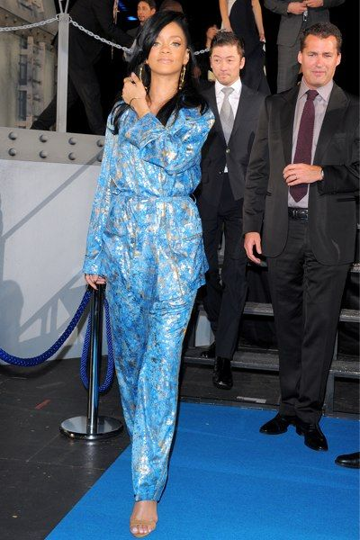 Rihanna's Kimono Pajama Premiere Opening - Tokyo - Rihanna attends the Battleship premiere in Tokyo dressed in a Kimono-like outfit.