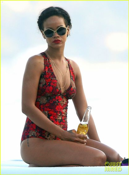 Rihanna Splashy French Yacht Shots - Rihanna says
