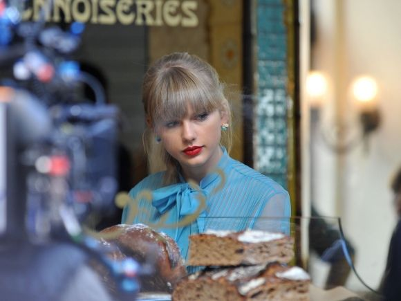 Taylor Swift | Behind The Scenes |