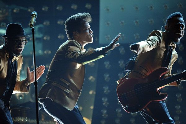 2012 Grammy Award Highlights - Bruno Mars and the Do Waps playing 