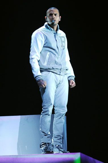 2012 Grammy Award Highlights - Chris Brown returns to the stage for adazzling performance of