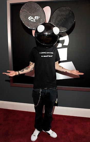 2012 Grammy Awards Red Carpet - Dead Mau 5 on the Red Carpet at the 2012 Grammy Awards.