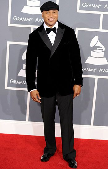 2012 Grammy Awards Red Carpet - LL Cool J on the Red Carpet at the 2012 Grammy Awards.