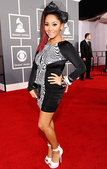 2012 Grammy Awards Red Carpet - Snooki on the Red Carpet at the 2012 Grammy Awards.