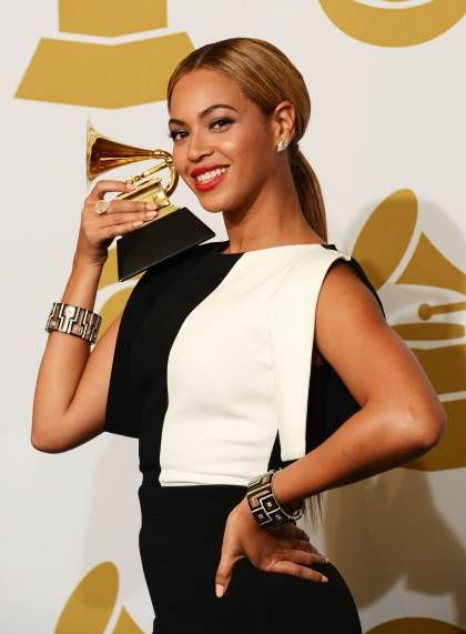 2013 Grammy Award Winners - Beyonce - Best Traditional R&B Performance