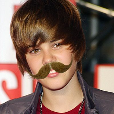 Who's Working Their Tash Best?? Bruno Mars, Justin Bieber, Eminem......... - Oi oi Justin!