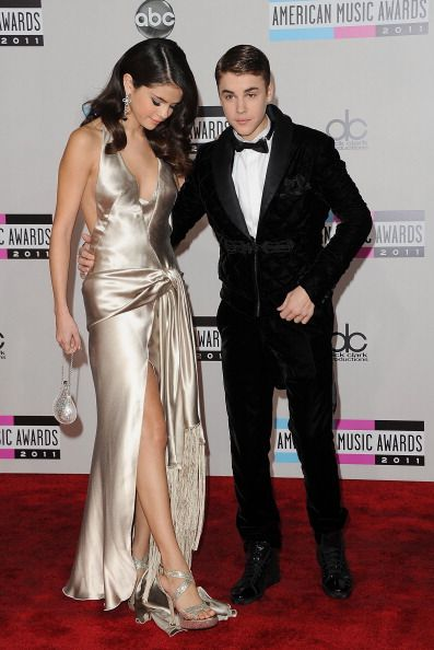 Justin Bieber & Selena Gomez at the American Music Awards - Justin Bieber & Selena Gomez
