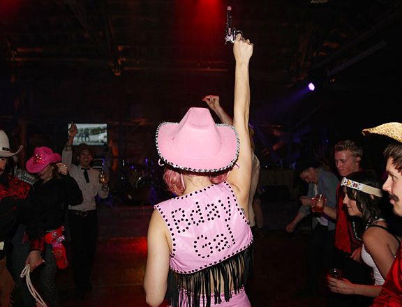 Katy Perry's Wild West Ho Down Throwdown Partaay!!! - Bday Gal.. Wooop Wopp!