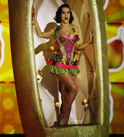 Things Katy Perry Has Worn On Her Breasts - Fruit Salad