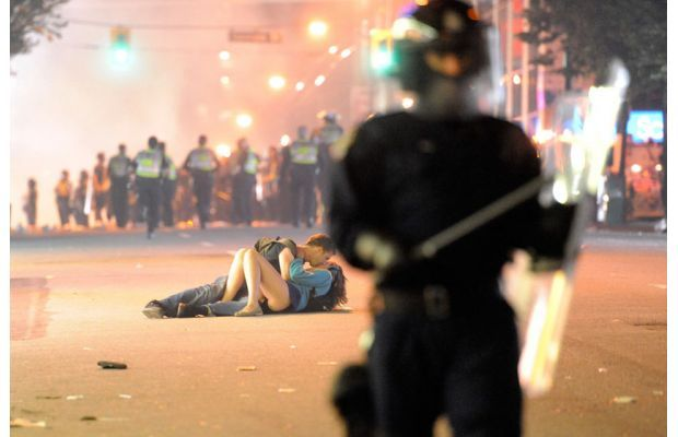 Most Famous Kisses Of All Time - Vancouver Riots Kiss by Richard Lam, 2011