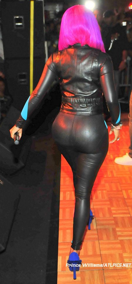 Nicki Minaj Booty Pictures - Nicki Minaj in latex - this has to be Minaj - its the bum and hair that gives her away