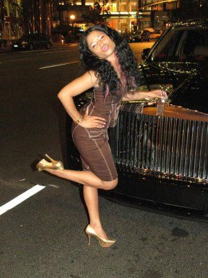 Nicki Minaj - PART 2 - Booty Pictures - Nicki Minaj early photo - 2007 - some speculate that Ms. Minaj had booty implants sometime after this photo??