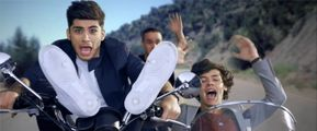 """One Direction's Iconic """"Kiss You"""" Looks"""