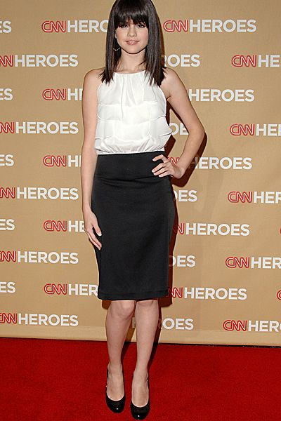 Evolution Of Selena Gomez - Selena Gomez arrives at CNN Heroes: An All-Star Tribute at the Kodak Theatre on November 22, 2008.