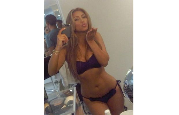 Sexiest Phone Self Portraits - Kim Kardashian