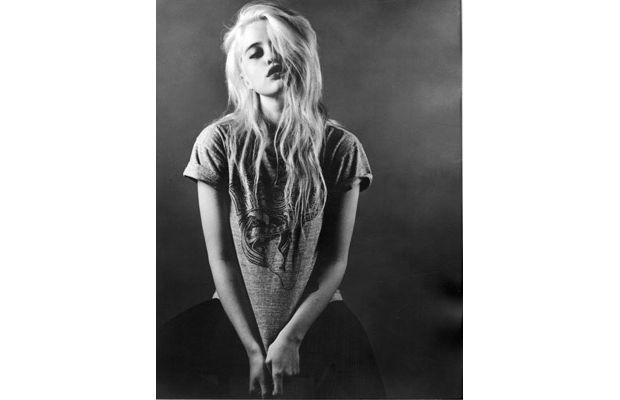 Top 10 Sexy Musicians Under 25 - 4. Sky Ferreira