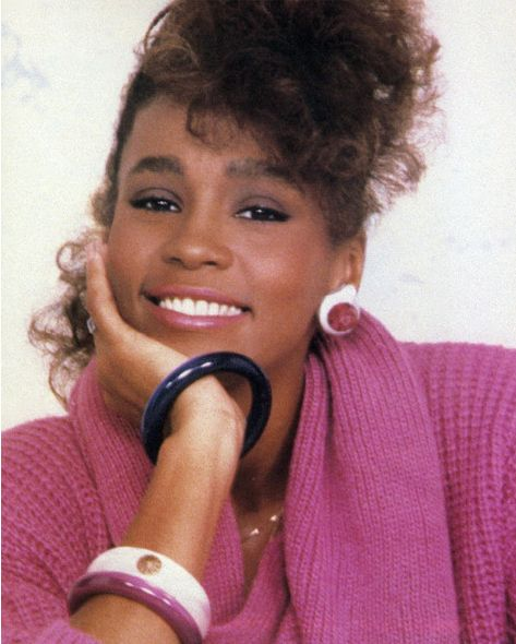 Whitney Houston | Timeline - 1963 to 2012 - Whitney Houston - 1985