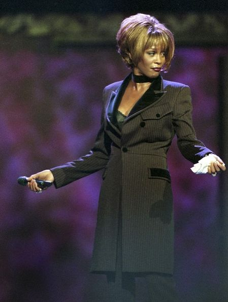 Whitney Houston | Timeline - 1963 to 2012 - Whitney Houston - 1996 - Performing 