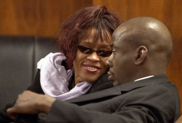 Whitney Houston | Timeline - 1963 to 2012 - Whitney Houston - 2002 - with Bobby Brown in court