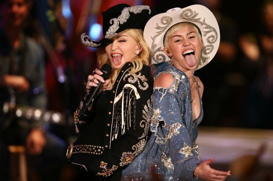 See Miley Cyrus And Madonna Join Forces Onstage For 'Unplugged'